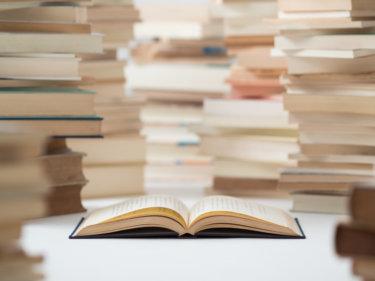 「読書をする子は学力が高い」はウソ!?学力向上に効果的な読書時間とは?